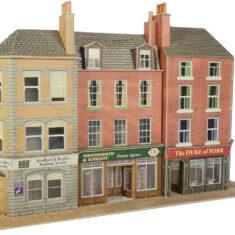 PO205 Pub and Shops