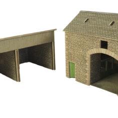 PO251 Farmyard Barn