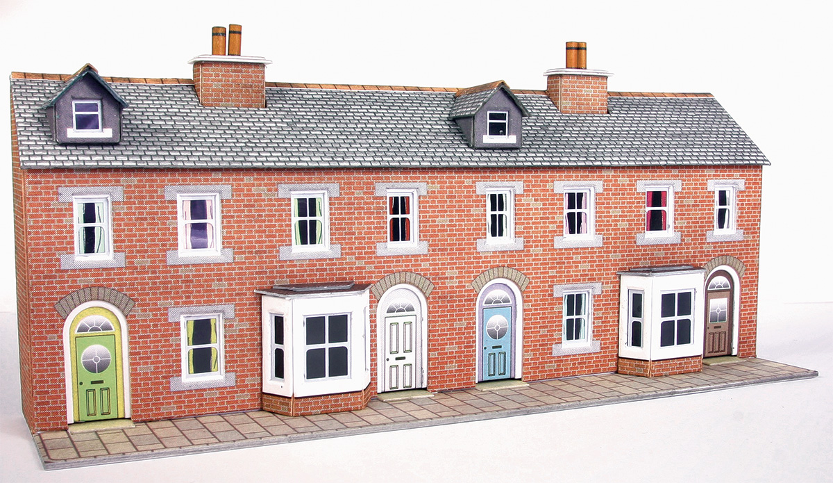 N scale low relief red brick terraced house fronts for Terraced house meaning